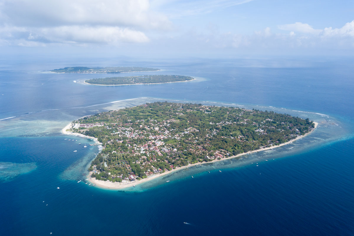 labasuranodalikes gili island dron -0582